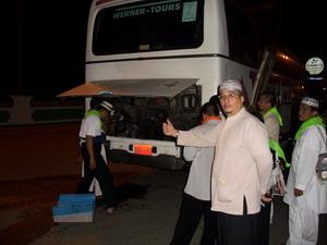 Bis rusak di perjalanan menuju ke Mekkah